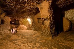 Ozonak ciudad subterranea