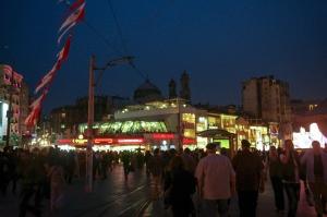 Taksim night noche